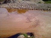 Derrame de crudo genera Emergencia en el Corregimiento de La Chaparrera en Yopal