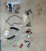 Armas blancas fueron encontradas en requisa escolar en colegio Llano Lindo de Yopal