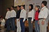 Santos y Vargas Lleras firmaron contrato para construcci�n de la Malla Vial del Meta