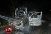 Desconocidos incineraron una camioneta en Pore