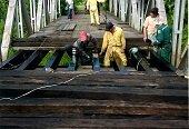 En Man� se habilit� puente colgante de la vereda Mararabe