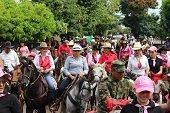 Fernanda en la feria de las colonias en Villanueva