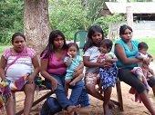 """Dos indígenas han muerto en comunidad indígena """"La Esmeralda"""" por enfermedades diarreicas y desnutrición"""