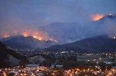 Bomberos de Yopal y Pore colaboran en emergencia por incendio forestal en Nobsa