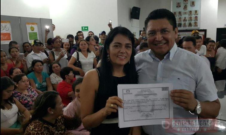 En cuerpo ajeno recibi credencial de alcalde de yopal jj for En cuerpo ajeno
