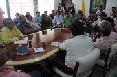 Alcalde de Man� exigi� a palmicultores ejercer m�s control en la contrataci�n de personal