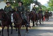 Iniciaron patrullajes del primer pelot�n montado femenino del Ej�rcito Nacional