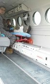 Grupo Aéreo del Casanare trasladó a dos hombres en delicado estado de salud a centros asistenciales de Bogotá