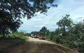 Comunidades de la zona de influencia de la vía alterna por Maní inconformes por afectaciones