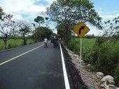 A un costo de $3 mil millones finaliz� pavimentaci�n de 3.9 km en la vereda La Patimena