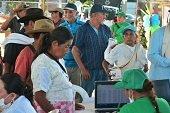 Tercera entrega de paquetes nutricionales para adultos mayores de Yopal