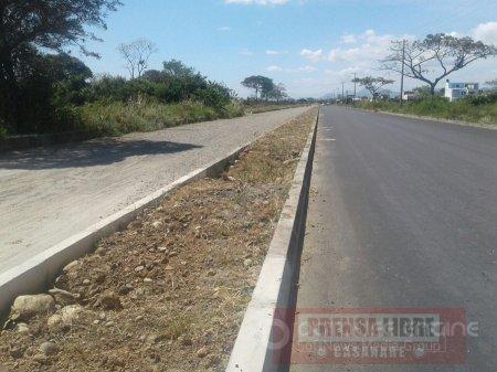 Demoras en ampliación de vía en Yopal causa traumatismos a habitantes de varios barrios