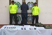 Integrante de las milicias del ELN capturado en Paz de Ariporo poseía abundante material bélico