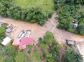 Cormacarena advierte situación de riesgo inminente por deslizamientos en vía antigua Villavicencio - Bogotá
