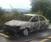 Un taxi se incineró en sector rural de Yopal