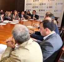 Hoy se reúnen mesas temáticas que buscan soluciones a crisis arrocera