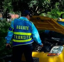 En revisión a taxis que circulan en Yopal advierten que gran numero no cumple condiciones