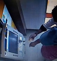 Le hicieron el cambiazo de su tarjeta débito en cajero automático de Villanueva