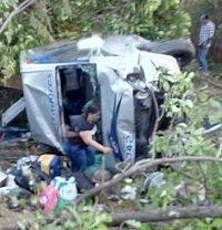 Camión sin frenos causó grave accidente, una persona muerta y 15 heridos