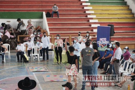 Ministro de Ambiente le apostó a generar confianza en los jóvenes en Casanare para superar las problemáticas que vive el país - Noticias de Colombia