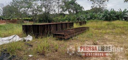 Nadie se pronuncia sobre puente de $15 mil millones en construcción abandonado entre Tauramena y Monterralo. Contratista se llevó las estructuras - Noticias de Colombia