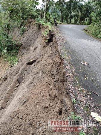 Colapso vial por varios derrumbes en ruta de acceso y caminos rurales en Recetor - Noticias de Colombia